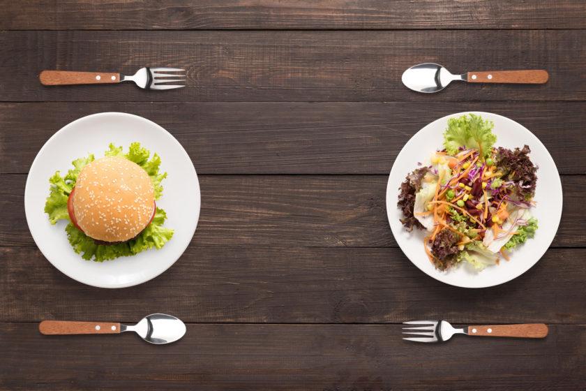 Burger vs. gesunder Salat. Warum Intuitives Essen nicht funktioniert.